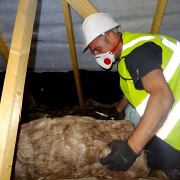Considering DIY? 10 Reasons to Leave Insulation to the Professionals